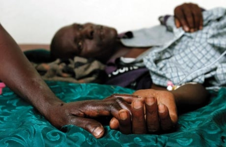 the hiv aids epidemic in africa Hiv/aids epidemic ravages africa by david walsh 27 june 1998 in an estimate researchers call conservative, one in four people in the african nations of botswana and zimbabwe are infected with hiv, the virus that causes aids in 13 sub-saharan african countries at least 10 percent of the.